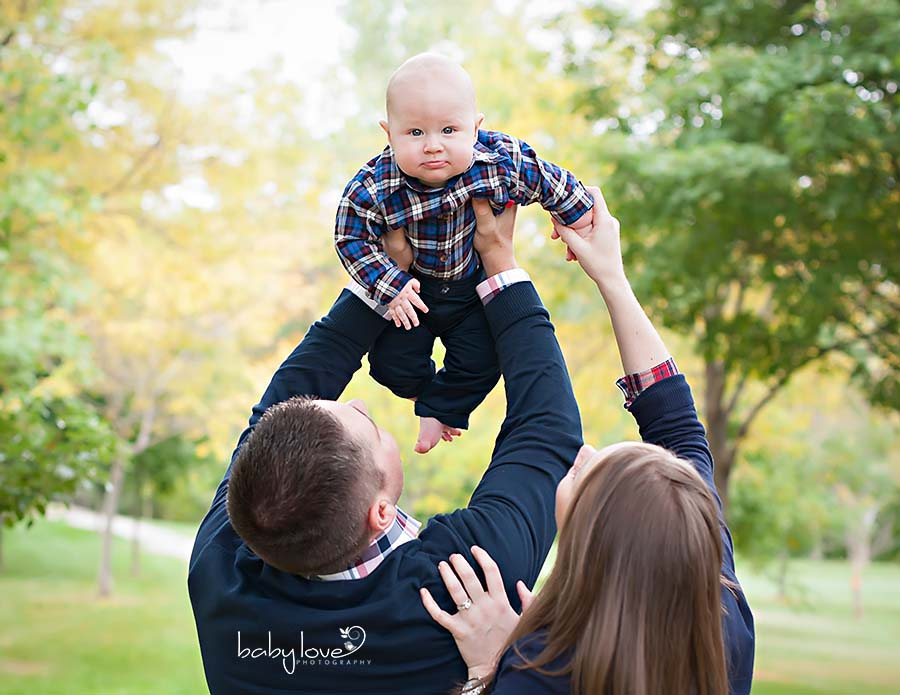 Troy Michigan photographer captures baby boy outside Troy Michigan